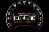 Indicador de tecnología de control inteligente de la velocidad en el tablero de instrumentos — Foto de Stock
