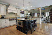 Kitchen with white cabinetry — Foto de Stock