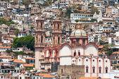 Santa Prisca parish in Taxco de Alarcon, (Mexico) — Stock Photo