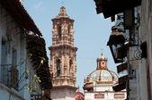 Santa Prisca parish in Taxco de Alarcon, Guerrero (Mexico) — Stock Photo