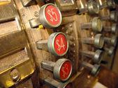 Старые деньги античный кассовый аппарат — Стоковое фото