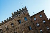 Medieval Palazzo dei Priori in Volterra,Tuscany — Stock Photo