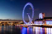 London Eye and London Cityscape in the Night, United Kingdom — Stock Photo