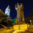 Gregory of Nin Statue and Bell Tower in Split at Night, Croatia — Stock Photo