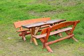 деревянная скамейка — Стоковое фото