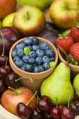 Summer fruit produce — Stock Photo