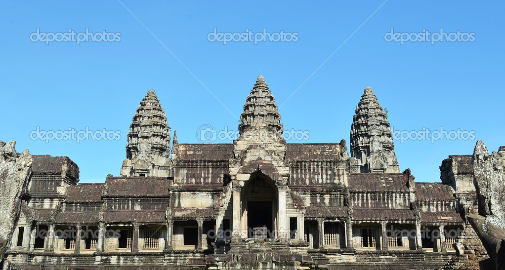 The famous angkor wat camboida siem reap — Stock Photo #10922712