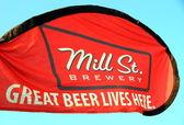 Molen straat brouwerij advertentie — Stockfoto