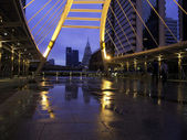 Pubic skywalk at bangkok downtown raining day — Stock Photo