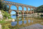 Roman aqueduct Pont du Gard, Languedoc, France. Unesco site. — Stock Photo