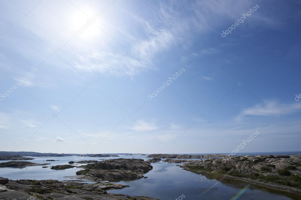 Bright summer day on the coast of western Sweden — Stok fotoğraf #11039131