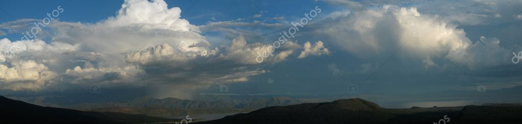Massive thunderstorm panorama over the Ethiopian rift valley  Zdjcie stockowe #11039260