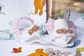 Children's shoes embroidered — Stock Photo