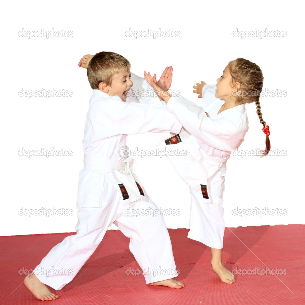 Little kids karate — Stock Photo #11172456