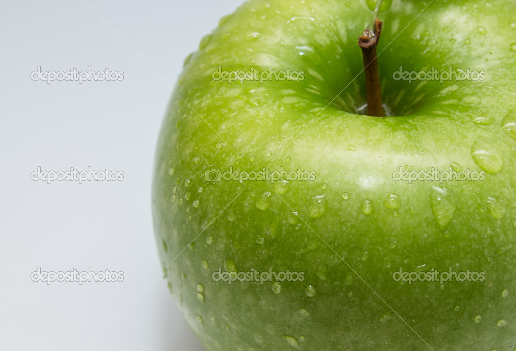 Shows ripe apple on white background — Stock Photo #10984311