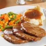 Salisbury steak dinner — Stock Photo #10968871