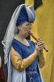 Kadın Ortaçağ müzisyen — Stok fotoğraf