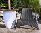 Tavolo e sedia di vimini — Foto Stock