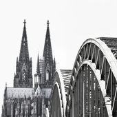 View of the city of Koeln (Cologne) in Germany black and white — Stock Photo