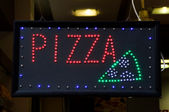 Pizza annonsera — Stockfoto