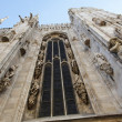 Tall windows on Duomo di Milano - Foto Stock