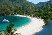 Hidden tropical beach — Stock Photo