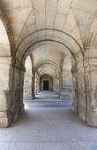 арки на королевский монастырь — Стоковое фото
