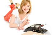 持有打字机的年轻学生 — 图库照片