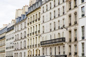 Typical parisian architecture, France — Stock Photo