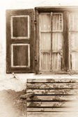Old wooden window in sepia — 图库照片