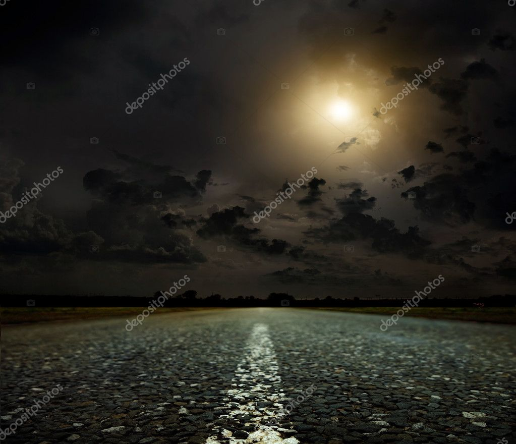 Asphalt country road at sunset — Stock Photo #11219905