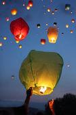 Multi-colored lanterns in the sky — Stock Photo