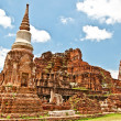The Ruin of Buddha status and temple of wat mahathat  in ayuttha - Zdjęcie stockowe
