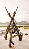 El arma del soldado valiente monumento en la provincia de rayong, Tailandia — Foto de Stock