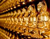La ligne de l'état de Bouddha dans le temple — Photo