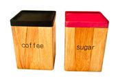 De houten opbergdoos van koffie en suiker geïsoleerd op witte backgrounde b — Stockfoto