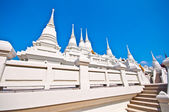 The White Pagoda on blue sky background — 图库照片
