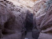 Entrance to slot canyon hiking — Stock Photo