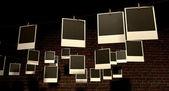Hängande polaroid gallery — Stockfoto