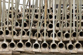 Pipe for irrigation stacked and ready — 图库照片