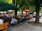Outdoor restaurants munich — 图库照片