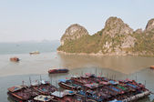 Anchored Boats in Halong Bay — Stock Photo