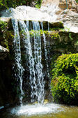 Waterval in de zoo van los angeles — Stockfoto