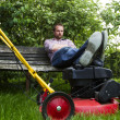 Lawnmower nap — Stock Photo