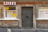 Abandoned pizzeria — Stock Photo