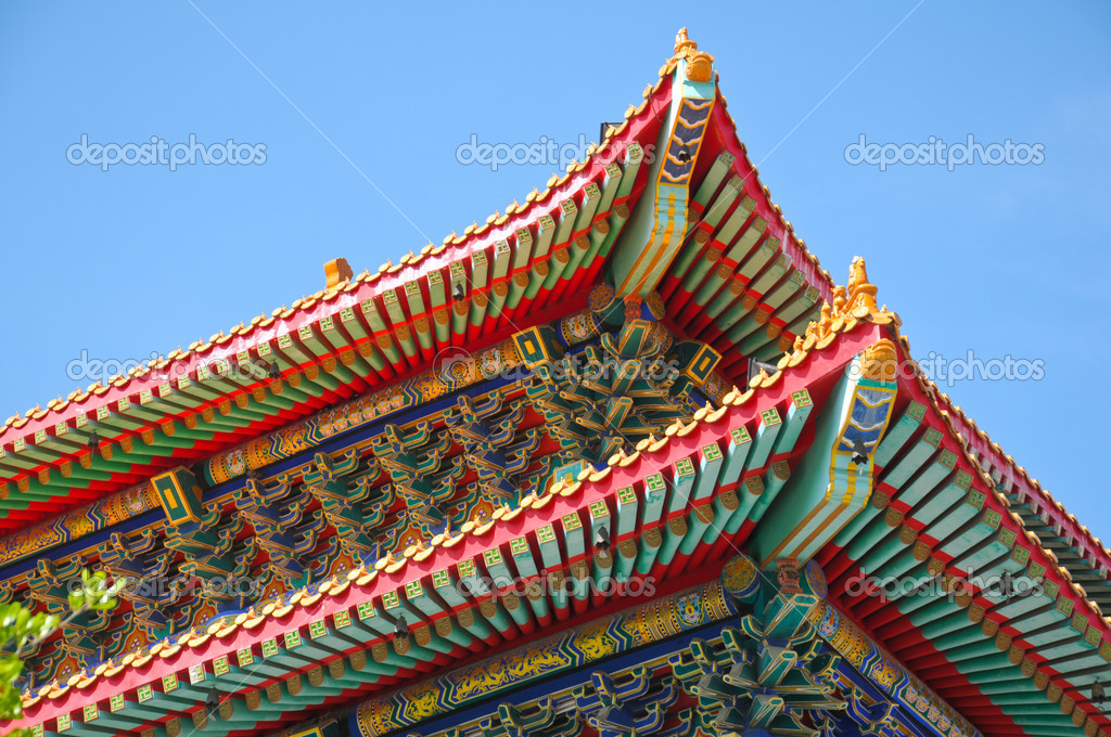 Korea Roof with blue sky — Stock Photo #11414920