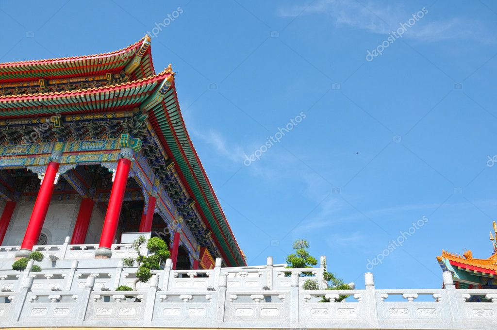 Chinese religion building with blue sky  — Stock Photo #11414923