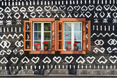 Painted old wooden cottage — Стоковое фото