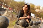 Mulher jovem bonita da cidade — Foto Stock