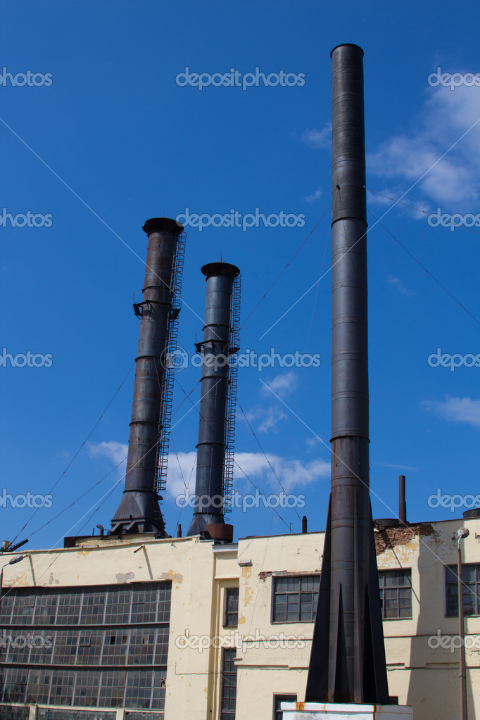 Pipes at the industrial enterprise — Stock Photo #11100162